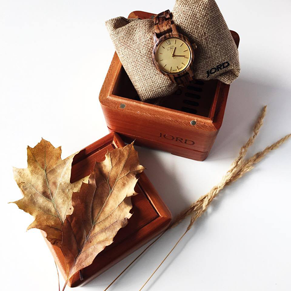 Jord wood watch frankie 35 zebrawood champagne fall colors