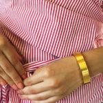 Wearable tech gold bangle by Wisewear
